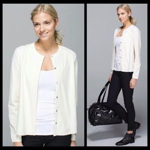 Lululemon Solo Blouse Cardigan in Ghost Sz 8